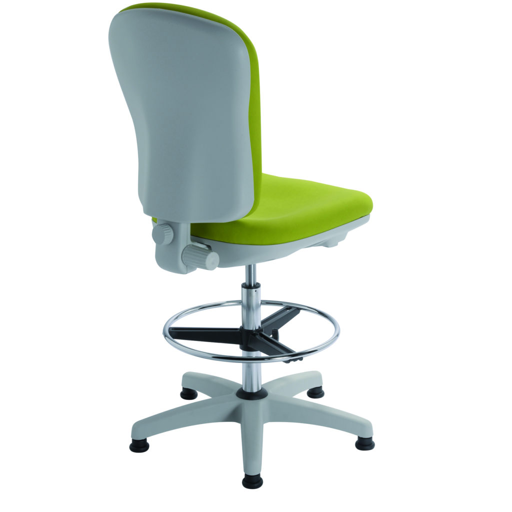 Siège greenery de travail ergonomique CLOE de siegepro avec carénage intégral et repose-pieds circulaire