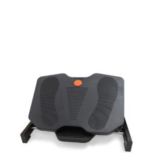 Repose-pieds RP10N en position basse de siegepro.com pour favoriser le circulation sanguine des pieds et des jambes en station assise prolongée